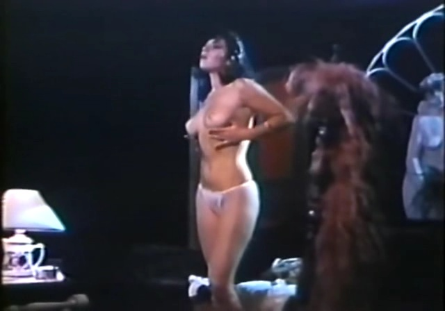 Maristela Moreno  nackt
